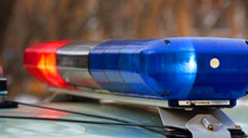 НаМосковском проспекте мотоциклист, скрываясь отпреследования, сбил полицейского