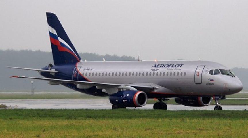 ВОмске со 2-ой попытки сумел аварийно сесть самолет из столицы