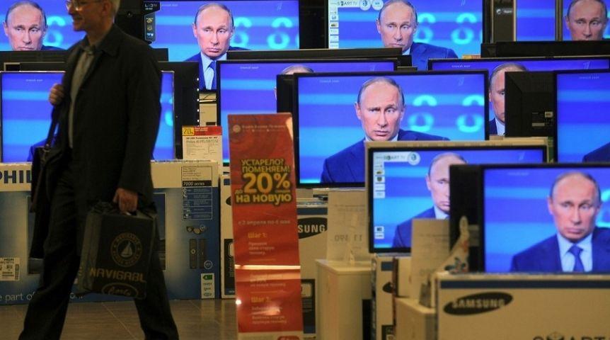 Псковский губернатор Турочак предложил Путину поднять до60% ввозные пошлины наэлектронику