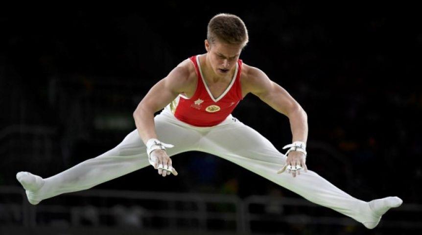 Русские гимнасты завоевали командное серебро !
