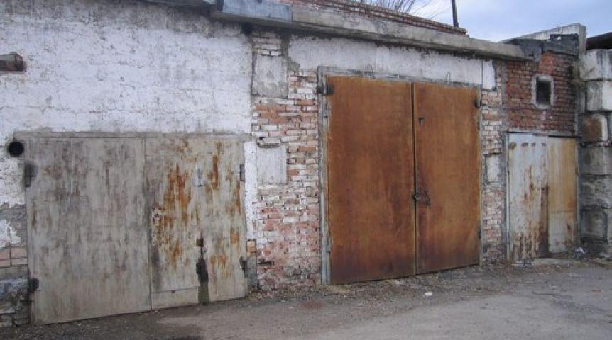 ВОмске руководитель гаражно-строительного кооператива убил предшественника
