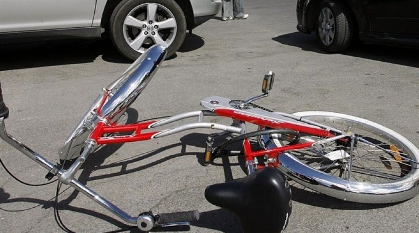 ВОмске шофёр иномарки сбил 11-летнего велосипедиста