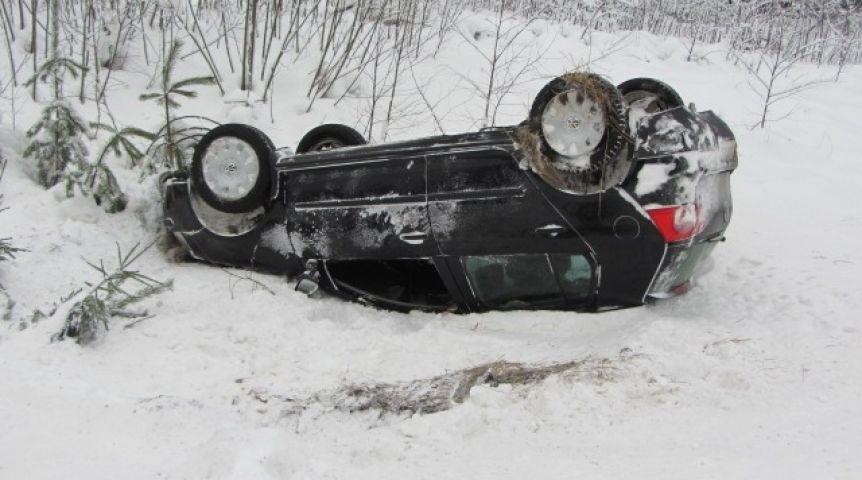 ВОмской области умер шофёр улетевшей вкювет иномарки