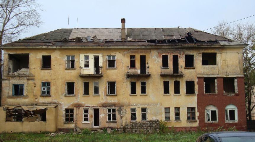 ВОмске аварийный дом вынудили расселить через суд