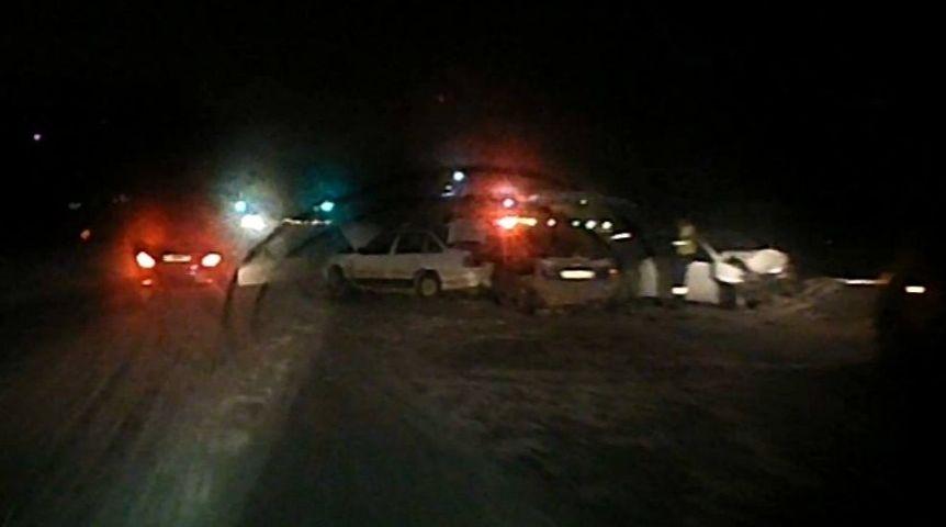 ВОмске наКрасноярском тракте столкнулись три автомобиля, трое в клинике