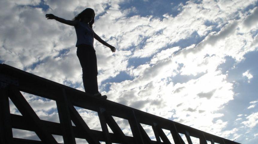16-летняя омичка пришла всебя после падение смоста