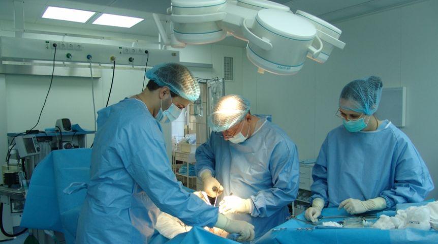 Омские хирурги провели неповторимую операцию