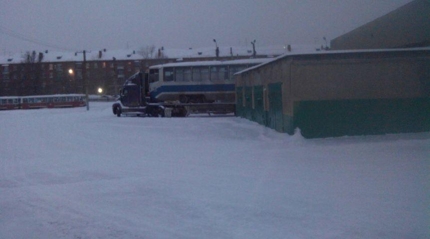 Списанные столичные трамваи едут вОмск
