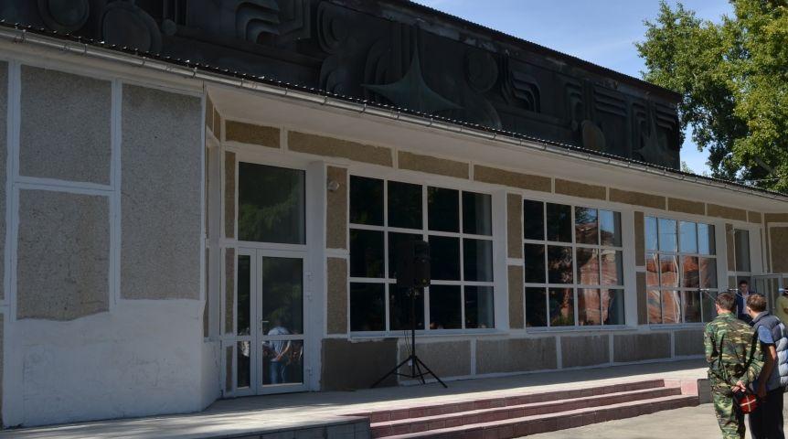 В11 селах Омской области в текущем году появятся 3D-кинотеатры