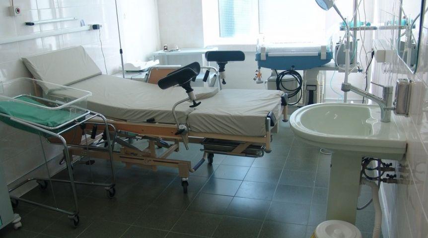 ВОмске осуждены медперсонал роддома, повине которых погибла женщина иноворожденный