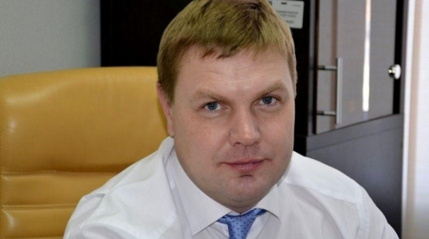 Губернатор Омской области сократил руководителя фонда капремонта