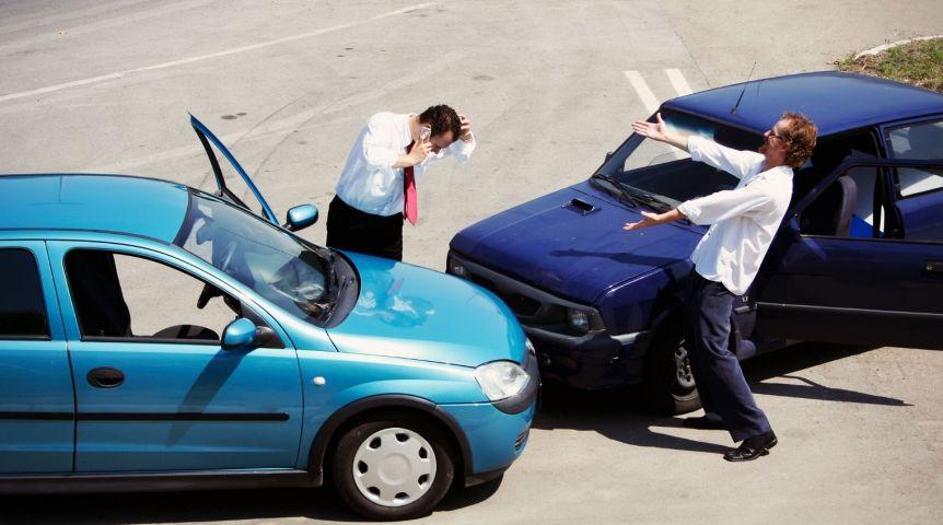 ВОмске 2-м водителям угрожает  5 лет заинсценировку ДТП ради страховки