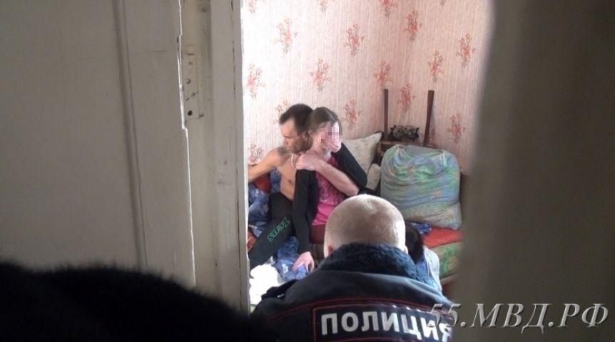 Дело Завагина, взявшего взаложники 12-летнюю омичку, рассмотрит военный суд