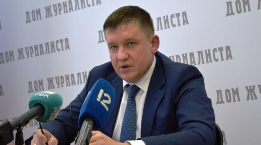 Руководитель РЭК Омской области Голубев уволился