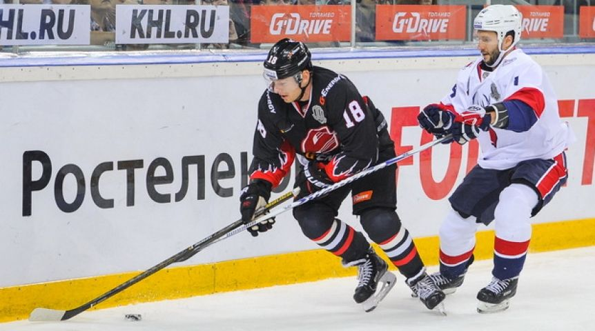 «Авангард» вовертайме обыграл «Торпедо» вматче стабильного чемпионата КХЛ