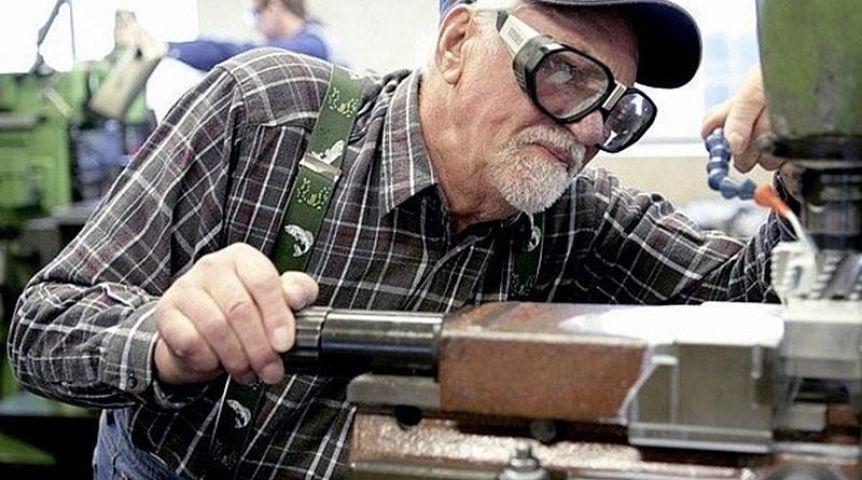 ВОмской области 90 тыс. пожилых людей продолжают работать