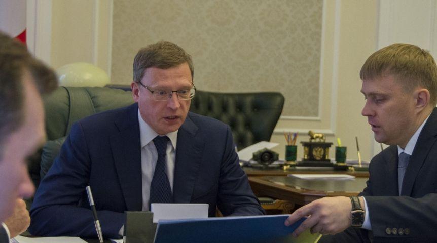 БУРКОВ отчитал омский Минстрой заотказ отфедеральных средств нареконструкцию «Саламандры»