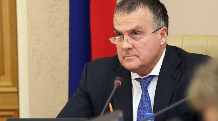 1-ый замгубернатора Омской области Новоселов подал вотставку