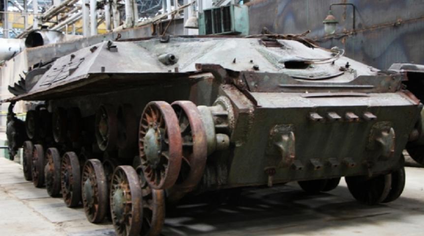 На омском заводе восстановили танк «Иосиф Сталин»